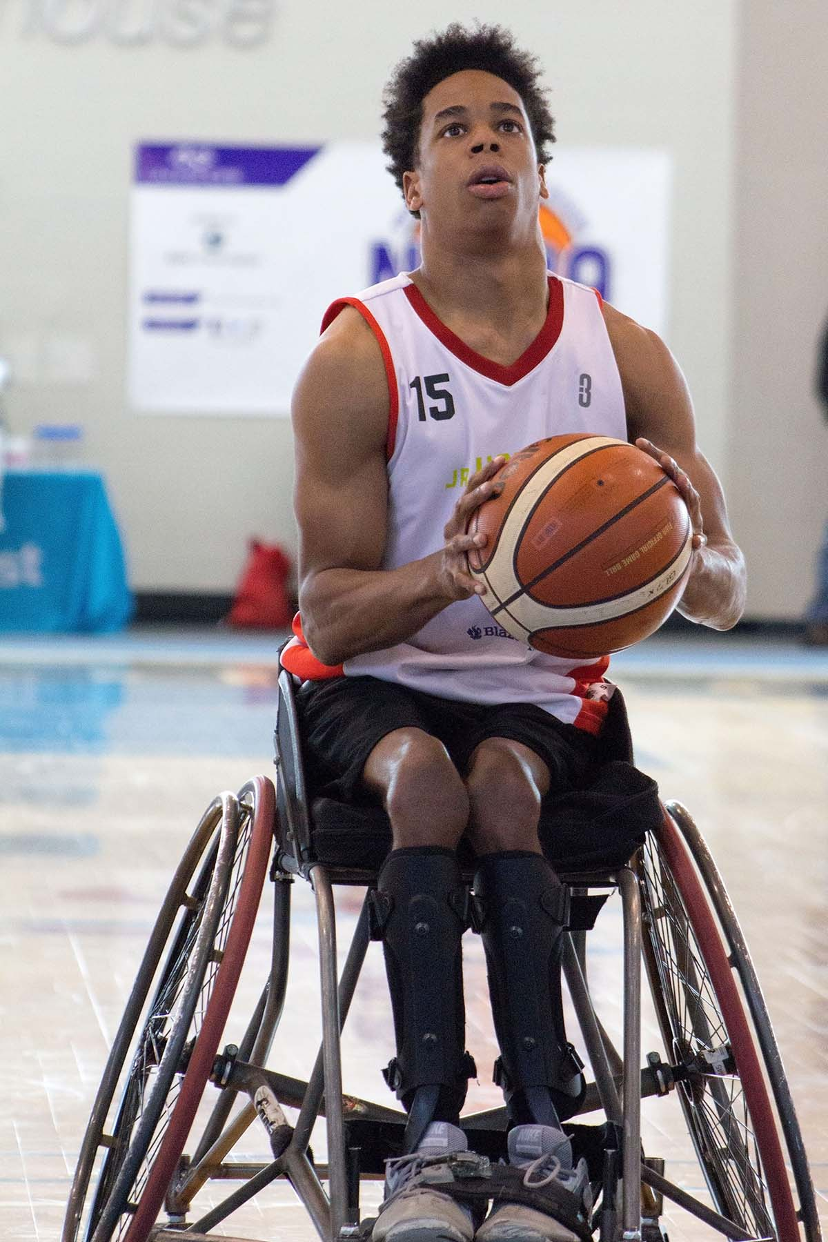 Atlanta Wheelchair Hawks Athlete Chooses Auburn University to further His Wheelchair Basketball Career